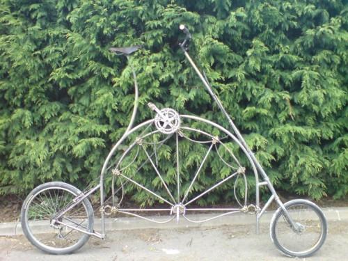 Bicicleta cama Tallbike Jabberwocky | Autoría: Bike Rescue