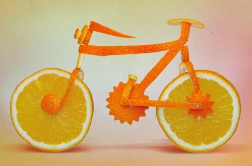Bicicleta naranja de Dancretul