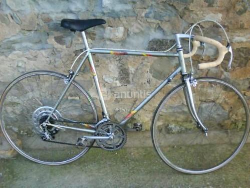 Bicicleta de carretera BH de segunda mano